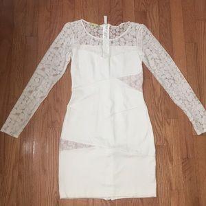 Gianni bini white eyelet lace dress w long sleeves